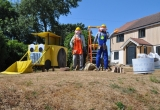 BOB THE BUILDER COMES FIRST IN THE SCARECROW FESTIVAL